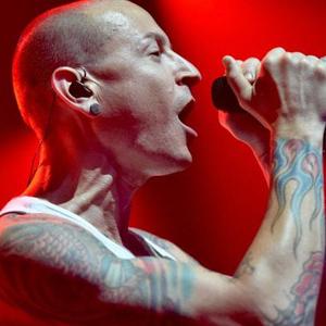 Linkin Park 主唱自殺
