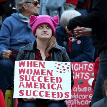 加州通過法案:上市公司董事會成員須有女性