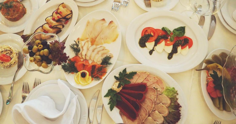 留白的美食體驗:不吃到飽的幸福