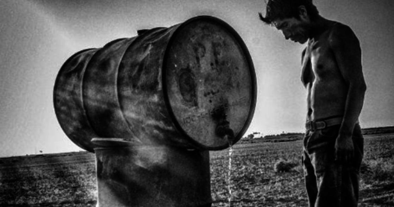 反思攝影集:他花二十年,拍下美國的貧窮畫面