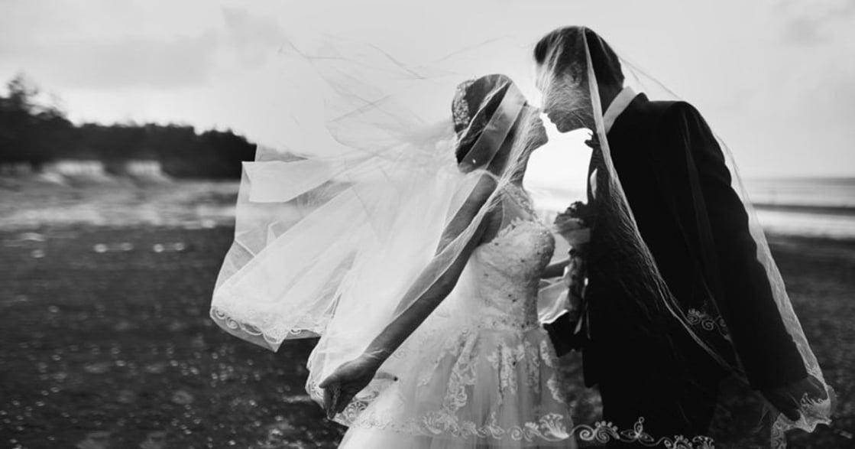 婚禮攝影師給新人的指南:「屬於你的日子,不用為拍照假裝」