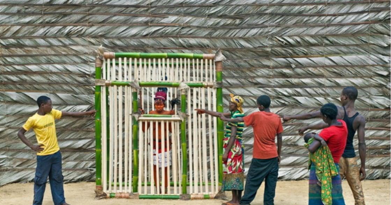 不能與男人說話、不能有性行為:剛果產後母親的隔離生活
