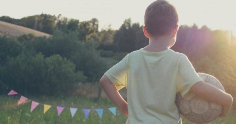 寫在〈你可以為任何人心動〉後:別當捂著耳朵教孩子的鴕鳥爸媽