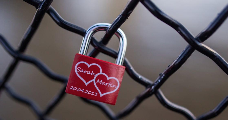 【蘇絢慧專文】親愛的,同情並不是愛情