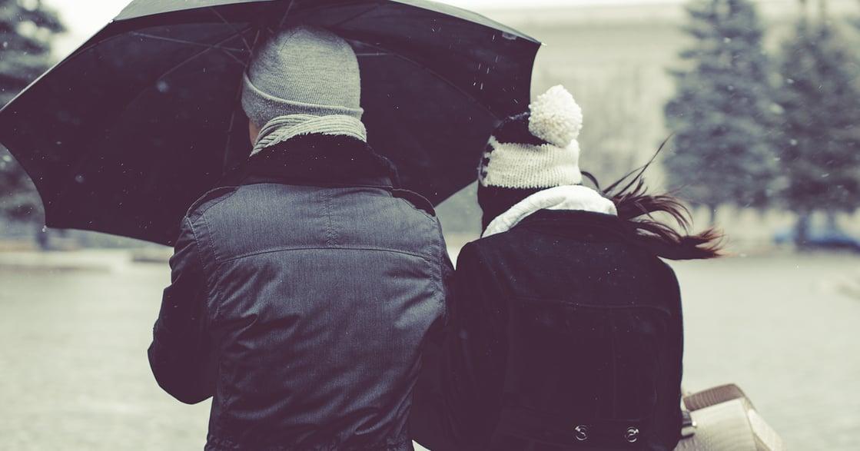 【歌單】給心裡的雨季:雨不必停,我想和你撐傘