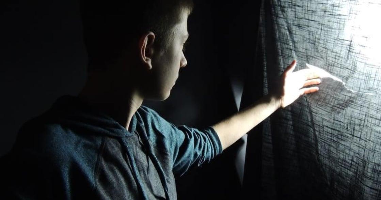 致性侵受害者的一封復原信:你有能力陪心裡的孩子走出黑暗