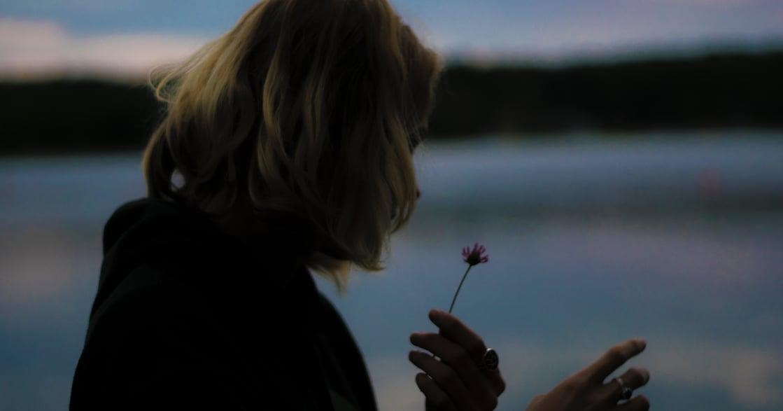 【陳安儀專文】給逝去的母親:我已經沒有機會,更認識你