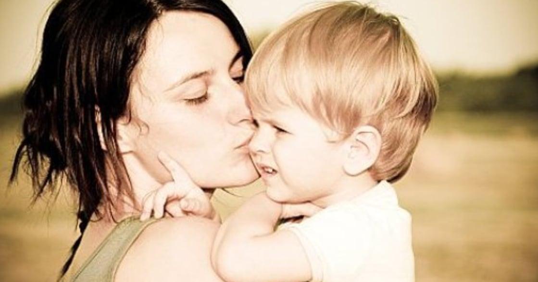 【艾彼專欄】每個母親,也都曾經是受傷的女兒