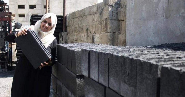 加薩女孩以灰燼重建城市:我要向人們證明,女孩也有所作為
