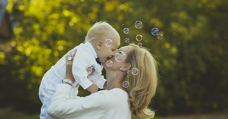 當了媽媽,也能做自己:勇敢成為獨力媽媽