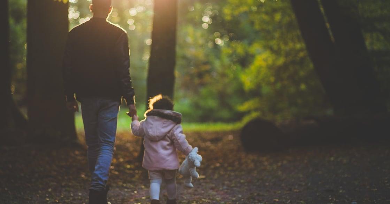 【丁菱娟專欄】每個家庭都該有爸爸親子日,給父親機會親近孩子