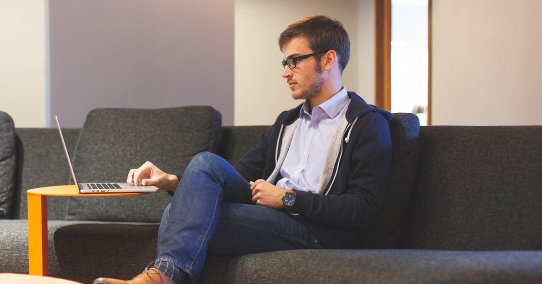 焦慮、無措、無限工時:熱愛工作的你,可能已經行為成癮