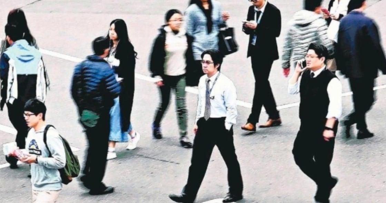 台灣薪資報告:月薪十萬人口增加,月入百萬八成是男性