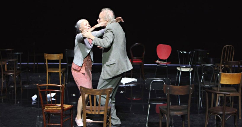 經典重讀 荒謬劇《椅子》:你在意什麼,你選擇說什麼?