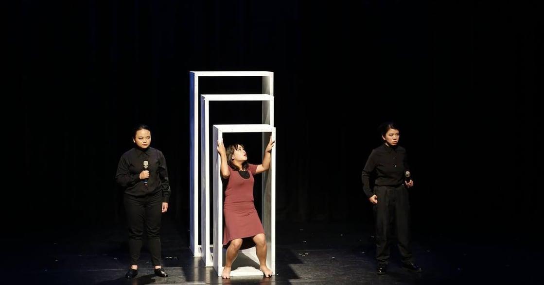 舞台劇《拾蒂》:12 個陰道故事,12 道創傷