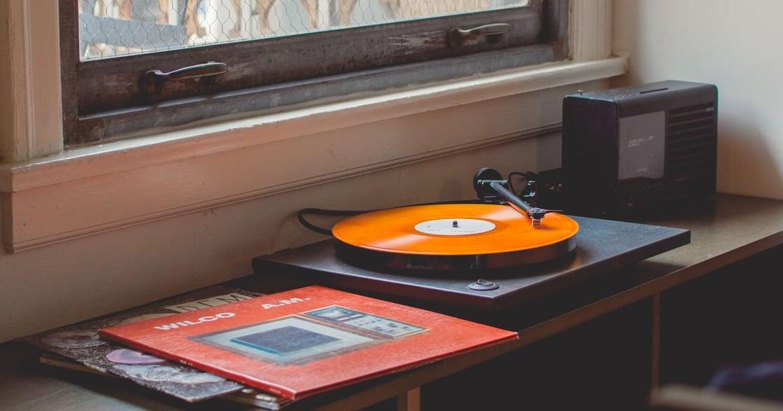 為什麼比起排行榜新歌,我們更喜歡學生時期的老歌?