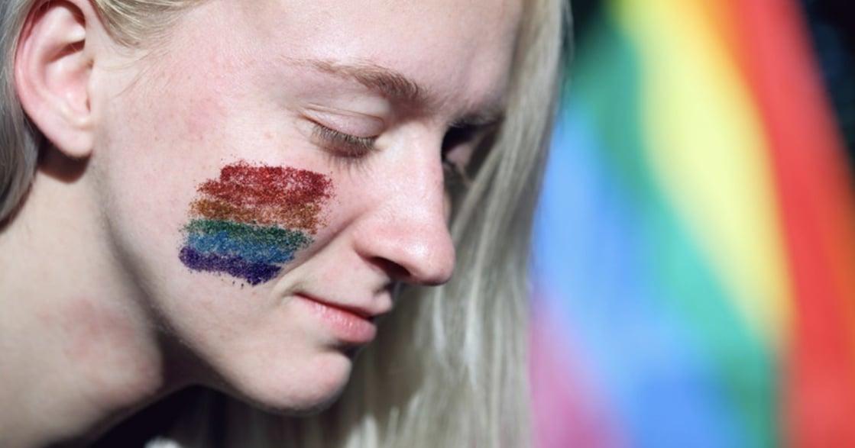 雙性戀真心話|小學的性教育,讓女性認為青春期很可恥