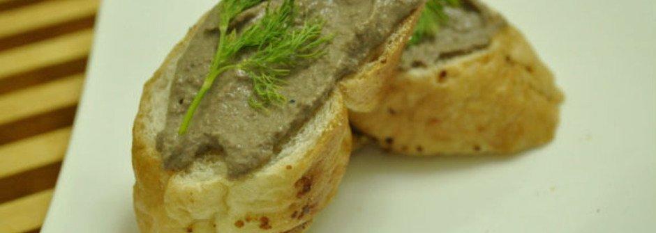 美味料理食譜:酥脆麵包佐法式鴨肝醬