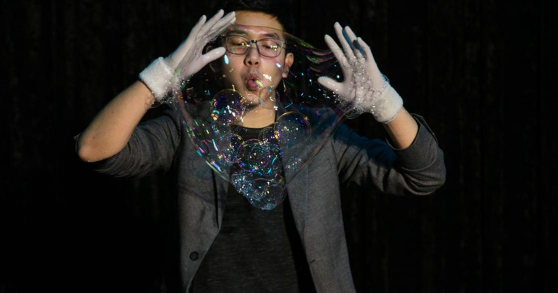 高雄駁二的瘋狂泡泡實驗室:爸媽遛孩、閨蜜殺底片都適合