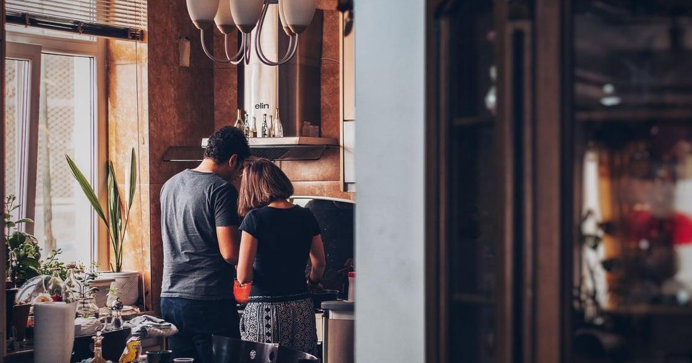 致我所愛之人:死後,我眼睜睜看丈夫和別人戀愛