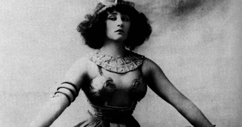 女性主義先驅,法國女作家 Colette:「執筆者,就是改寫歷史的那位。」
