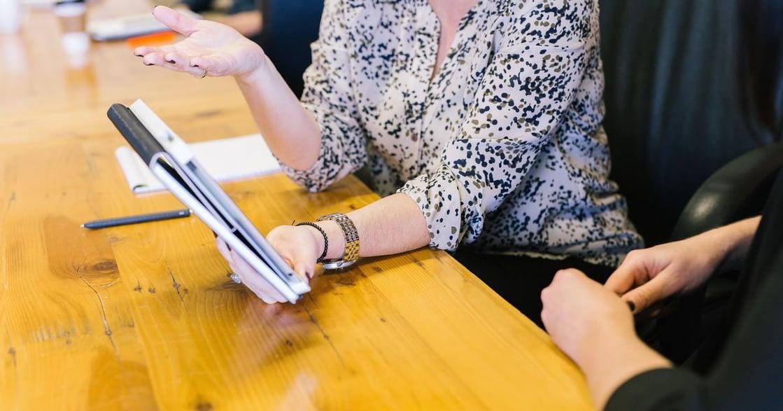 內向者向上管理:了解主管喜歡的溝通方式,才能突顯你的工作成效