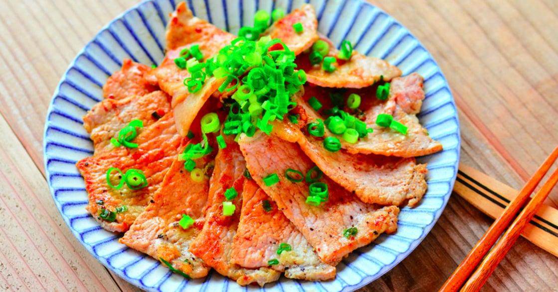 鮭魚玉子燒、蒜鹽豬肉,六道簡單上菜食譜