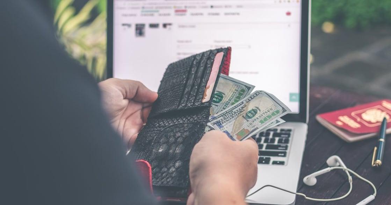 如何挑選繳稅信用卡?十家銀行比一比