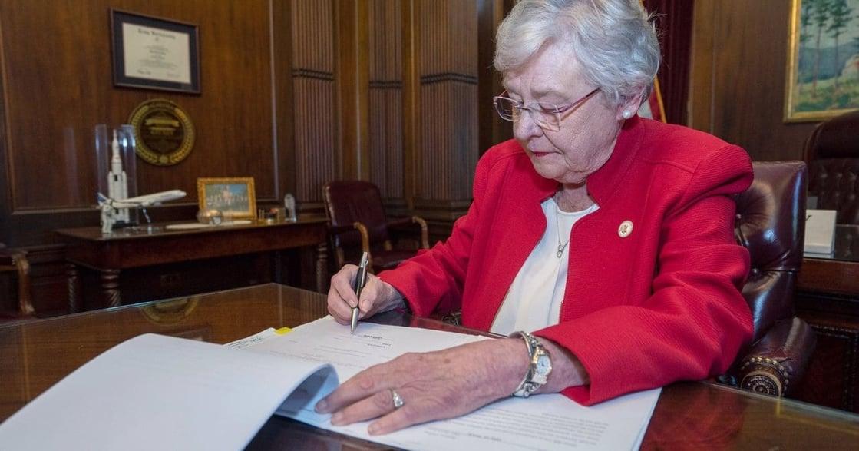 「我們要保護國家幼苗」阿拉巴馬州禁墮胎