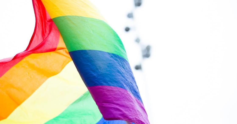 「我是男同性戀」靈糧堂志工母親,那年與我和解
