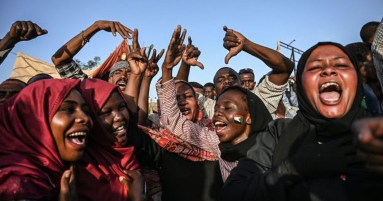 英國女同志遭襲擊、蘇丹軍方鼓勵強暴:世界變得更好前,我們能怎麼做?