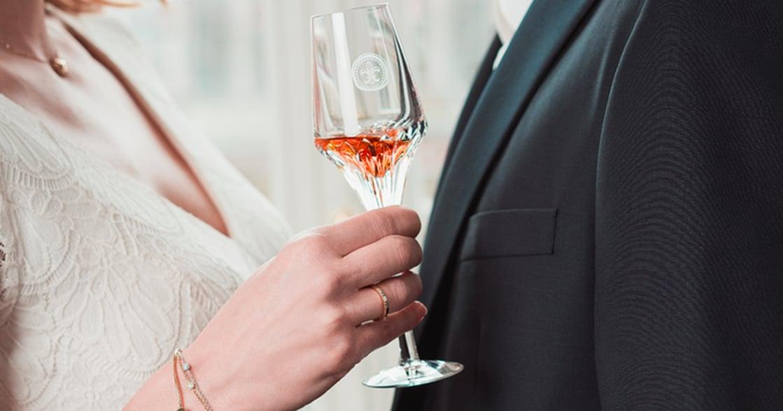 大人的戀愛味道!五句能夠配著酒喝的愛情金句