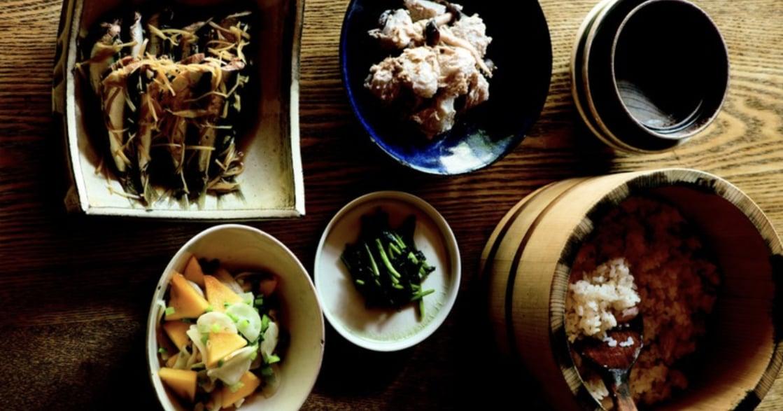 日本家庭的療癒秋季菜單:薑煮沙丁魚、柿子拌蕪菁