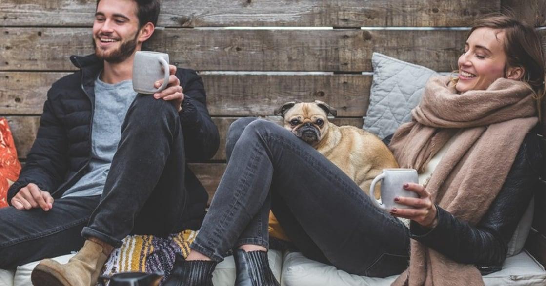 兩個人睡幸福,一個人睡舒服:我們相愛但不同居好嗎?