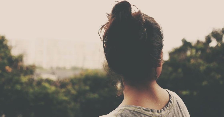 「霸道、情不自禁的愛」停止宣揚這種傷害女性的感情關係