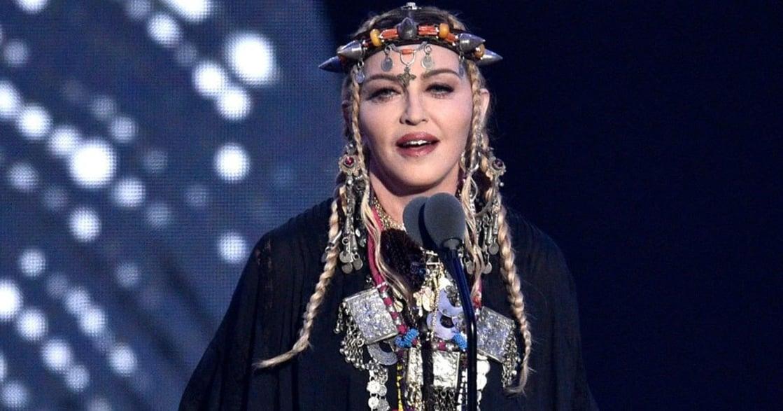 瑪丹娜:種族主義的反叛者,我是白人,我挺多元種族