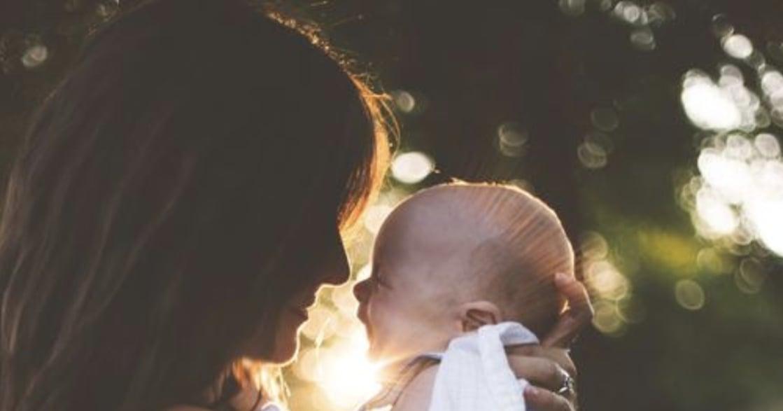 用母乳餵孩子的媽媽們,我們為何連餵奶都需躲藏?