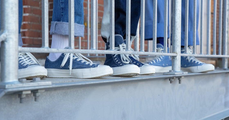 丹寧控怎麼能錯過?Converse 推最新丹寧帆布鞋