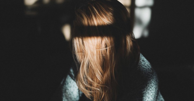 「妳應該要脆弱」為什麼女孩被教導的,不是 Powerful?