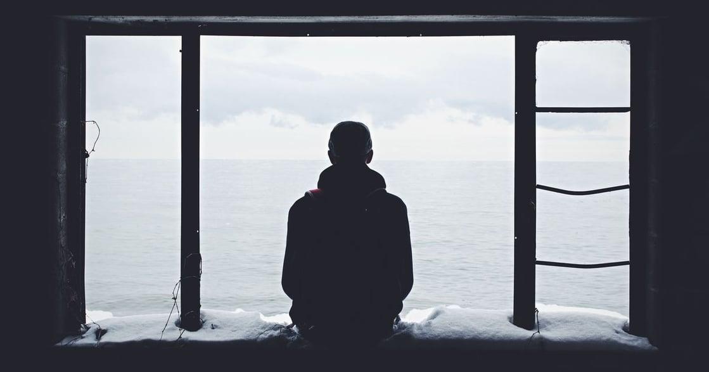 怕黑、怕鬼、開燈睡?心理師教你讓孩子三步驟不怕黑