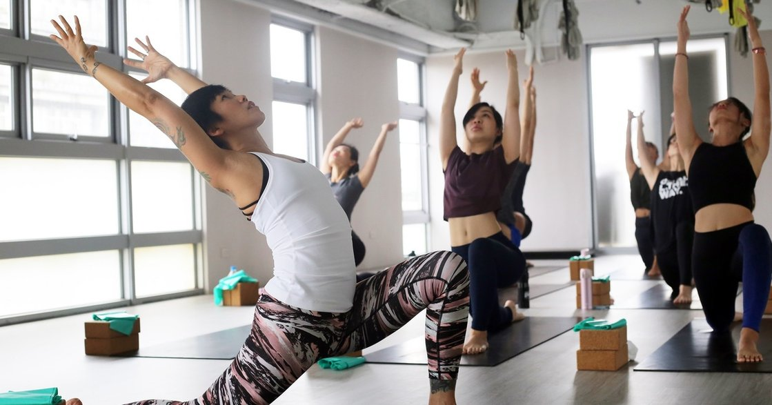 瑜珈、冥想、心靈交流!台灣賓士推女力派對