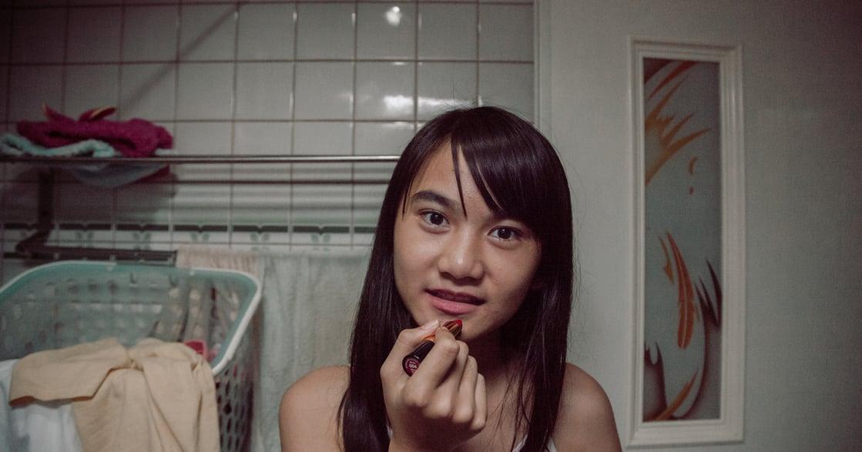 《致親愛的孤獨者》:妳還記得 12 歲的自己,如何寂寞探索這個世界嗎?