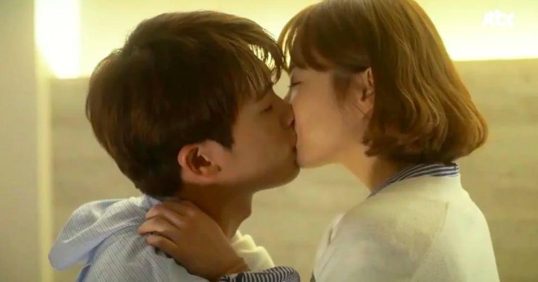 「我欠你一個很棒的吻」夫妻深夜時光:五個讓幸福感迅速上升的接吻技巧
