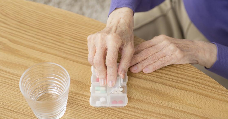 長照怎麼做|如果長輩吃藥看心情,不穩定服藥