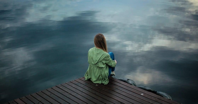 「我們永遠可能落單」為什麼對於孤獨,會下意識地感到害怕?