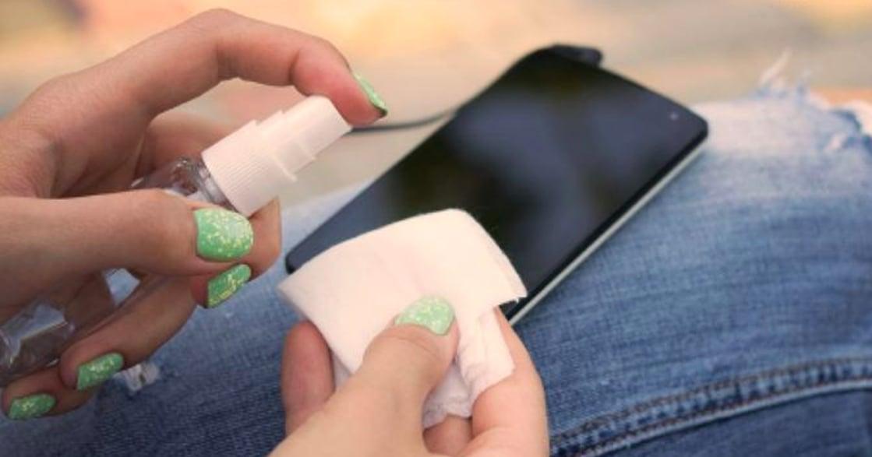 防疫生活學:戴口罩不能阻擋所有,你的手機消毒了嗎?