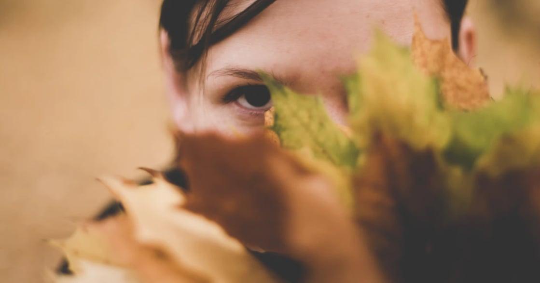 需要獨處獲得能量、忍不住想取悅他人:內向者會有感的日常