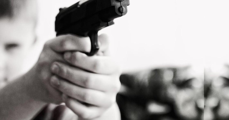 「她們的青春只是一場惡夢」:在這個國家,女孩們殺人,只為生存