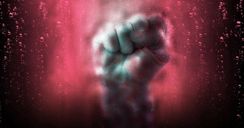 「被強暴後,只能嫁給他」鄧如雯案催生的《家庭暴力防治法》變革