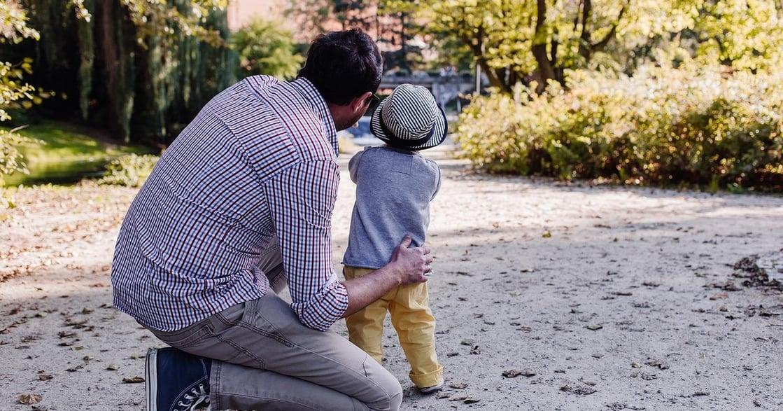 「爸爸的愛不只有那樣」鄧惠文:好玩的父親,可以激發孩子創造力